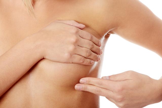 バストアップサプリと乳がんの危険性