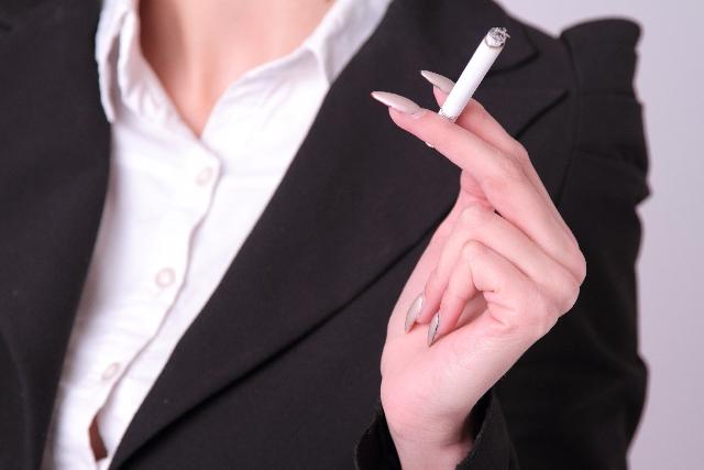 タバコとバストアップの関係性